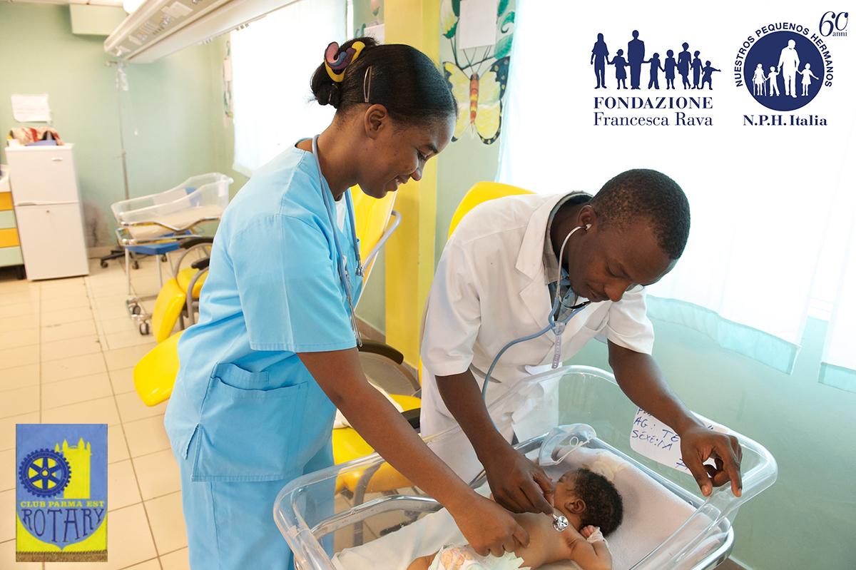 nph-haiti_2014_clinic_31_x1200